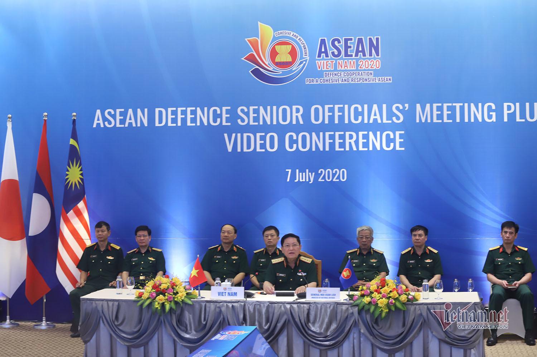 Việt Nam cùng quan chức quốc phòng 17 nước bàn về an ninh, đại dịch
