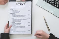 Làm gì khi không muốn đề cập thời gian làm việc trong CV?