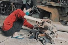 Bỏ lương nghìn USD về quê làm mộc, nữ 9x khởi nghiệp từ góc chuồng gà