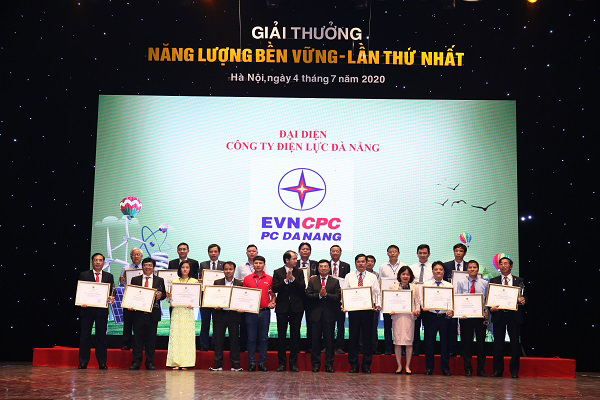 Công ty Nhiệt điện Duyên Hải nhận giải Năng lượng bền vững 2019