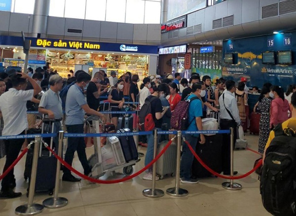 Nha Trang nhộn nhịp đón khách