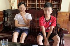 Nghệ An: Thiếu tiền gửi xe, học sinh lớp 7 phải viết 'giấy báo nợ'