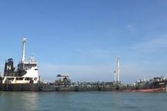 Cảnh sát biển tạm giữ tàu nước ngoài buôn lậu 1,7 triệu lít dầu