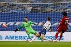 Salah rực sáng, Liverpool phô trương sức mạnh vô địch