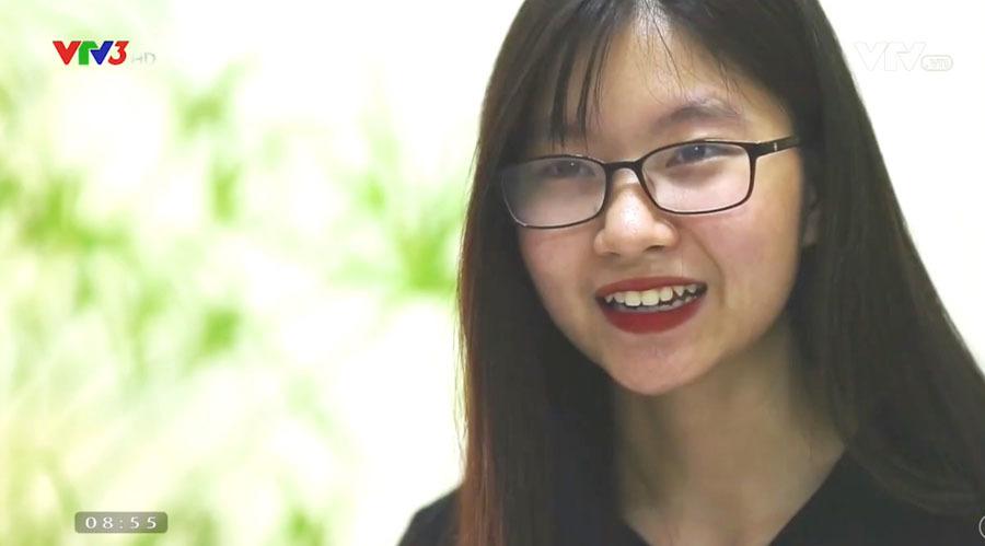 Cô gái Phú Thọ bị bại não trở thành sinh viên đại học