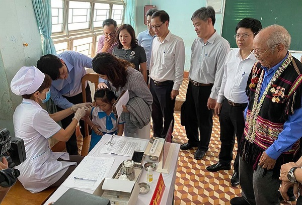 Gần 5 triệu người tại 4 tỉnh Tây Nguyên được tiêm vắc xin phòng bạch hầu