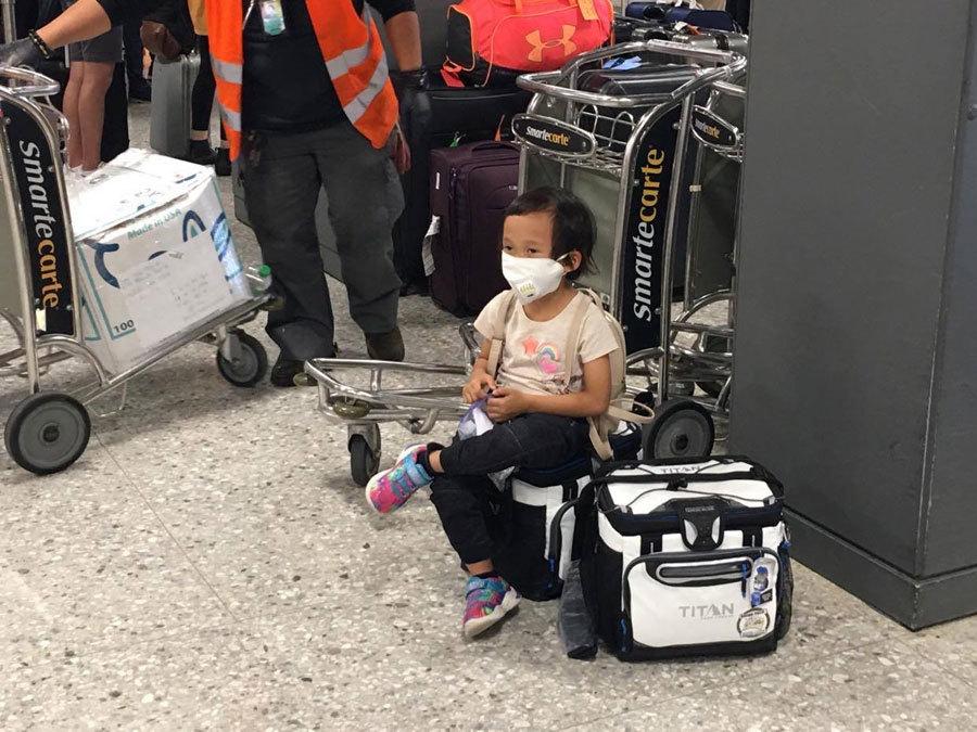 Hình ảnh đưa công dân Việt Nam từ Mỹ về nước