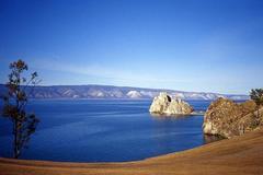 Hồ nước tuyệt đẹp, chứa hàng tấn vàng nhưng chẳng ai dám khai thác