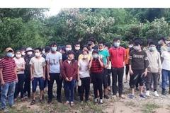 37 người lội sông Ka Long nhập cảnh trái phép vào Việt Nam