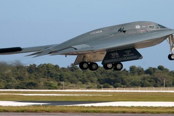 Giải mã 'quái vật' tàng hình B-2 Spirit của Mỹ