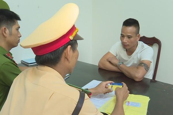 Người đàn ông dùng thẻ phóng viên VTV giả để đánh lừa CSGT Đắk Lắk