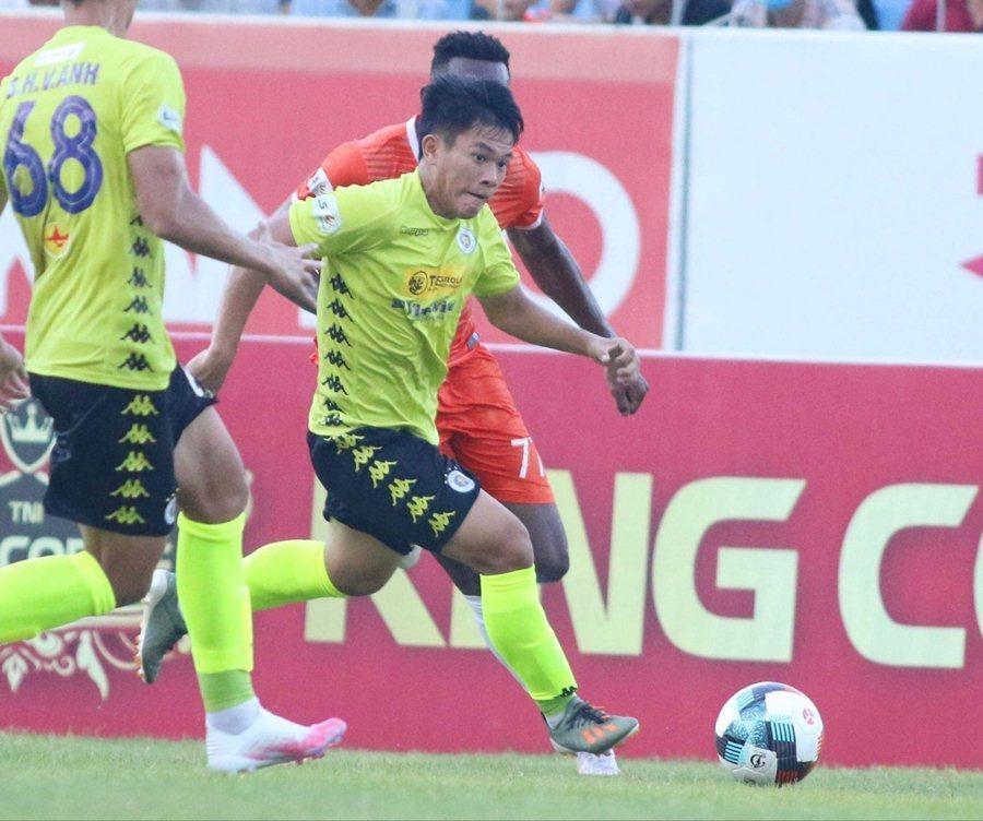 Đà Nẵng 1-1 Hà Nội, Hà Tĩnh gây bất ngờ trước SLNA (H2)