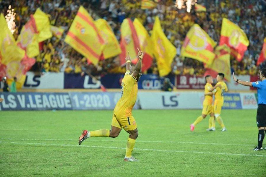 Nam Định thắng nghẹt thở trận