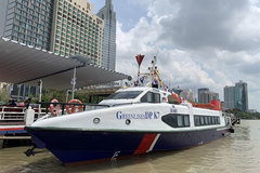 High-speed boat service between HCM City, Binh Duong launched