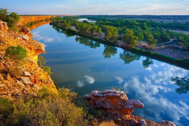 Trung Quốc đang 'thò cả 2 tay' thao túng các nguồn nước của Australia