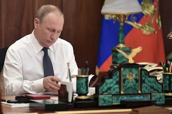 Putin tiết lộ bí quyết ứng phó với chỉ trích gay gắt