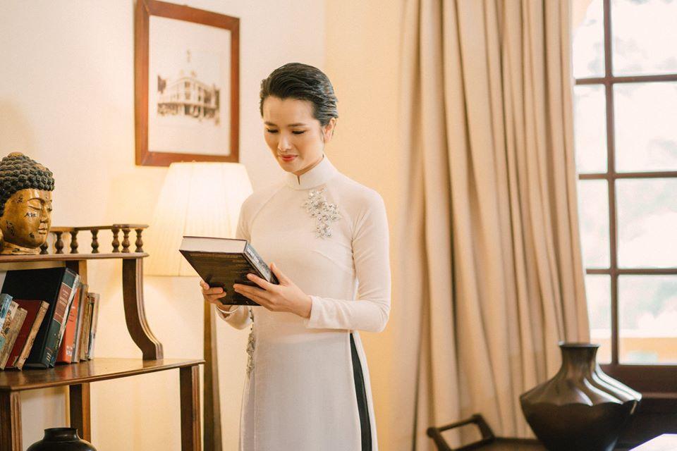 Cao Thùy Dương viết tự truyện sau 6 năm rời showbiz