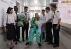 UK, US media highlight British pilot's hospital discharge after defeating coronavirus