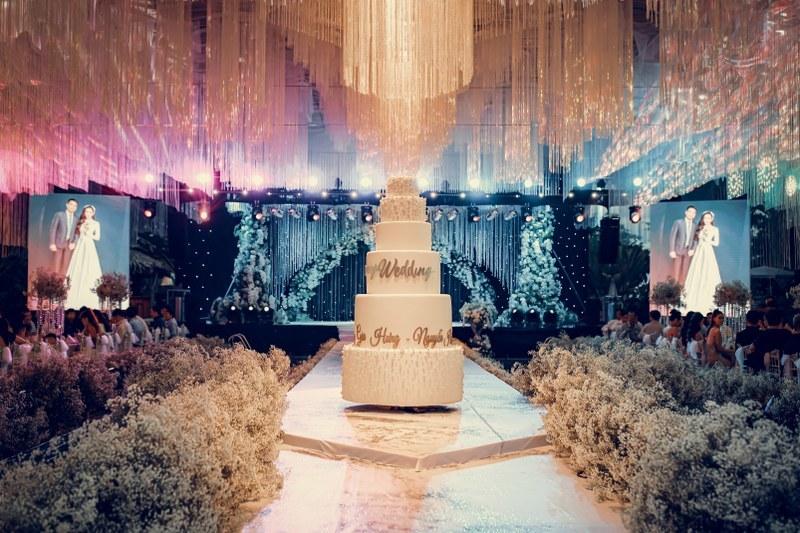 Không gian tiệc cưới xa hoa gây xôn xao tại Cần Thơ