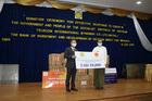 Việt Nam trao quà ủng hộ Myanmar phòng chống đại dịch