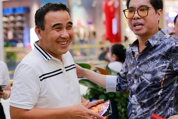 MC Quyền Linh và Ngọc Sơn từng ăn chung, ngủ chung