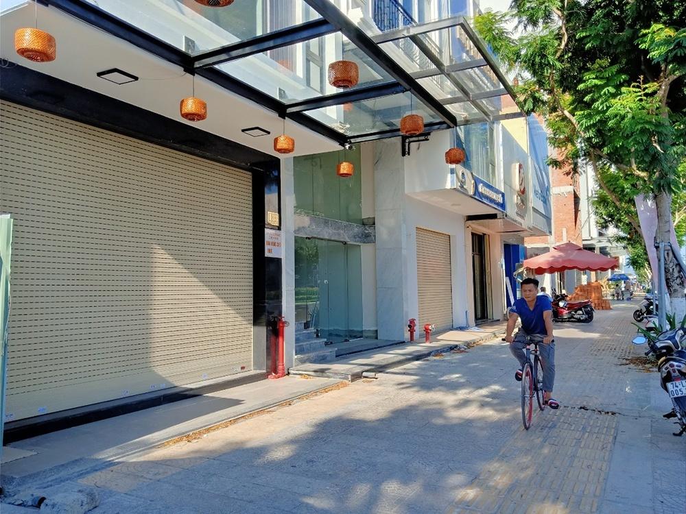 Bị xiết nợ, đại gia Đà Nẵng bán rẻ khách sạn 120 tỷ