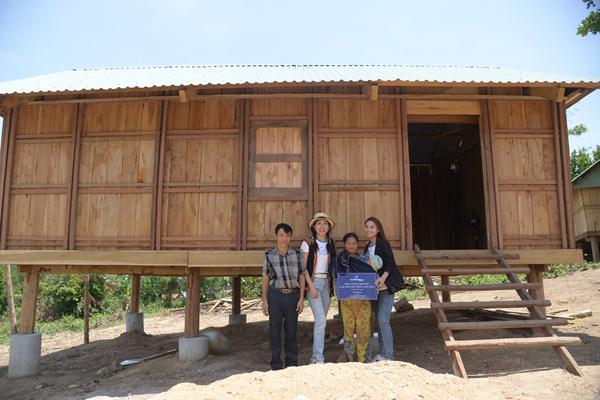 CLB Doanh Nhân Sài Gòn tặng quà cho người nghèo Gia Lai