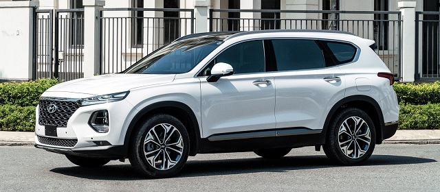 SUV tháng 6: Hyundai Santafe, Toyota Fortuner vẫn giữ phong độ