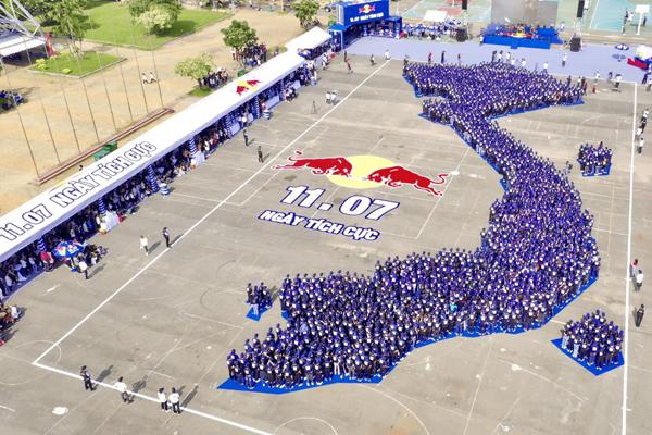 Hơn 2000 người cùng xác lập kỷ lục châu Á trong Ngày Tích cực