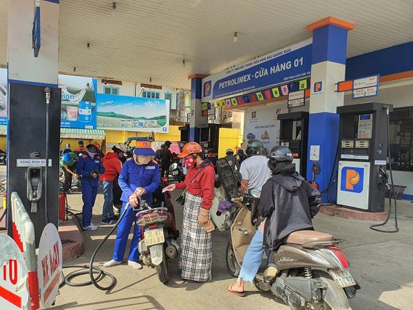 Lọc hóa dầu Bình Sơn nỗ lực vượt 'bão kép'