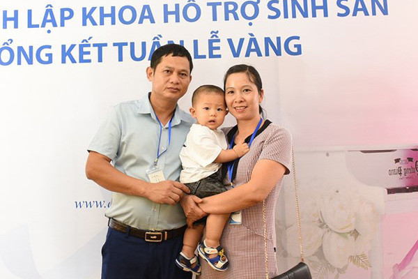Vietnamese woman becomes mother after 20 years of infertility