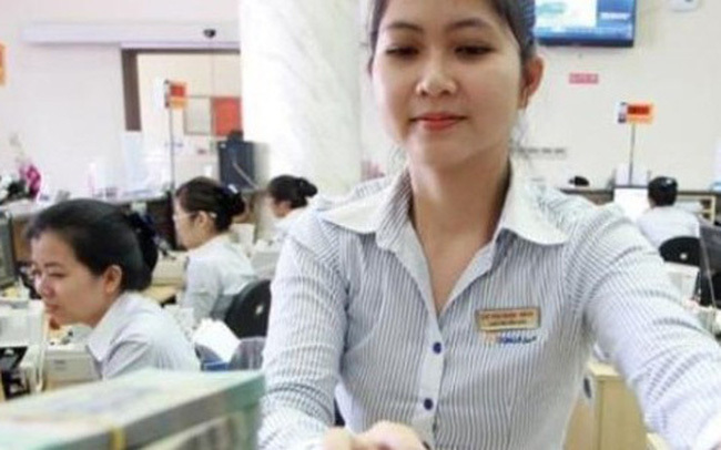 VN banks cautious about setting business plans due to COVID-19