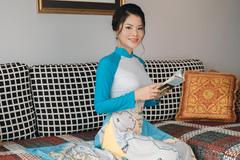 Cô giáo thạo 4 ngoại ngữ ra mắt sách đầu tay