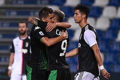"""Ronaldo vô duyên, Juventus hòa trận """"điên rồ"""""""