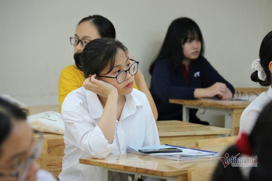 Vì sao Bộ GD-ĐT bỏ tính điểm trung bình các môn học cấp THCS, THPT?