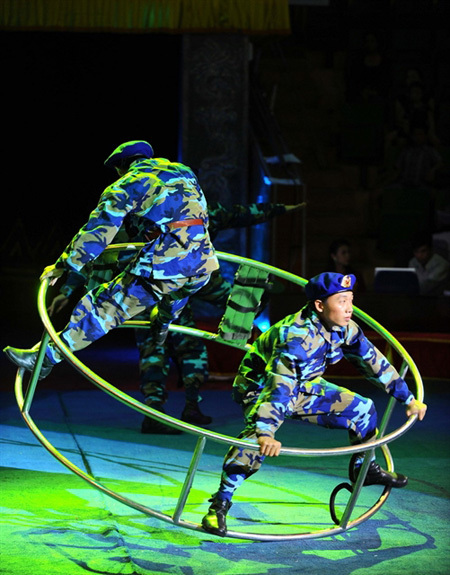 Circus federation offers special programme dedicated tonavy soldiers