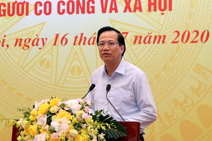 Bộ trưởng Đào Ngọc Dung yêu cầu giải quyết dứt điểm tiền hỗ trợ dịch Covid-19