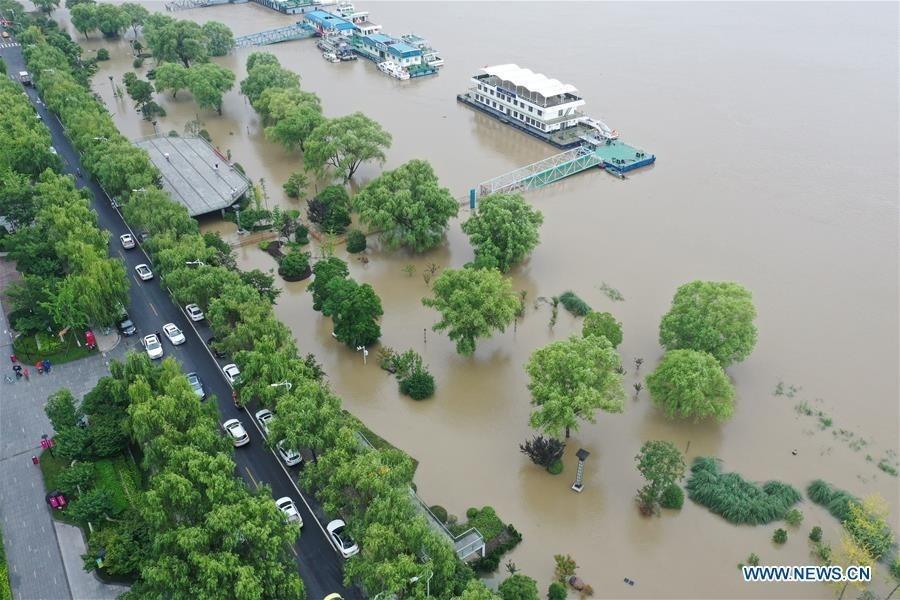 Các bộ trưởng ASEAN chia buồn với Trung Quốc do thiệt hại mưa lũ