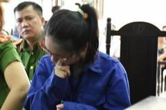 Cô gái giết người bằng trà sữa bật khóc tại tòa