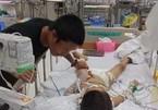 Bé trai 7 tuổi hôn mê sâu do phẫu thuật tháo đinh nẹp xương tay