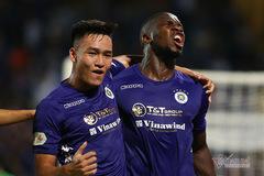 """HLV Chu Đình Nghiêm: """"Hà Nội phải vào top 8, Văn Hậu về sẽ tốt hơn"""""""