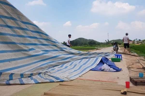 Lều bạt vào Nam Sơn được dỡ bỏ, rác thải nội đô được giải phóng