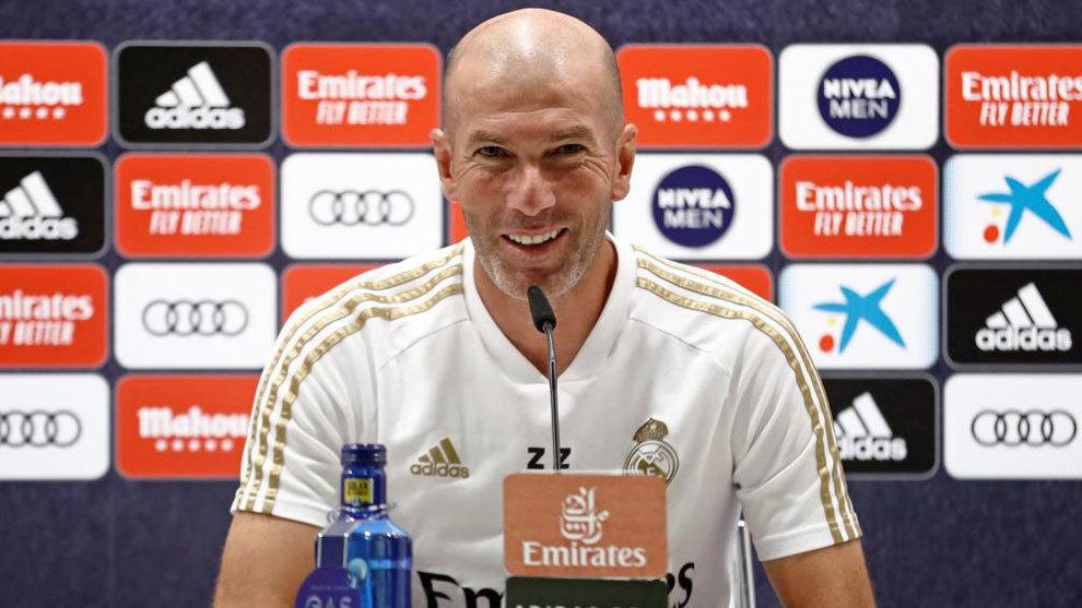 MU mua Greenwood... 600 bảng, Zidane không chắc tương lai