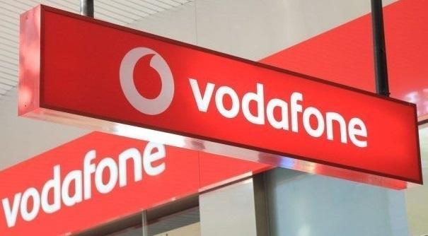 Lý do nhà mạng Anh kêu gọi chính phủ hủy bỏ cuộc đấu giá 5G