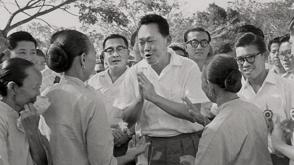 """Lý Quang Diệu và dây cương cho """"thần mã"""" Singapore"""
