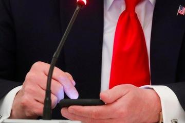 Twitter vô hiệu hoá thông điệp của ông Trump