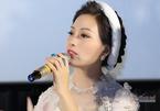 Nhà giáo Hồ Mộ La khóc rưng rưng khen học trò Huyền Trang