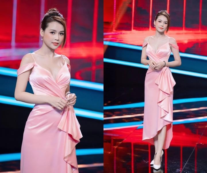 H'Hen Niê đổi tóc hồng, Lý Nhã Kỳ nổi bật với trang phục hàng hiệu
