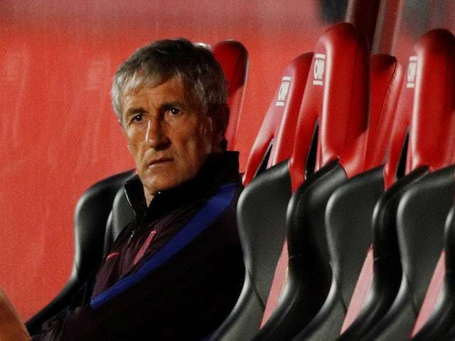 Quique Setien kiện Barca, ghế HLV trưởng rắc rối to