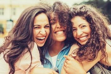 Khám phá 9 đặc điểm của người hạnh phúc, bạn có bao nhiêu?